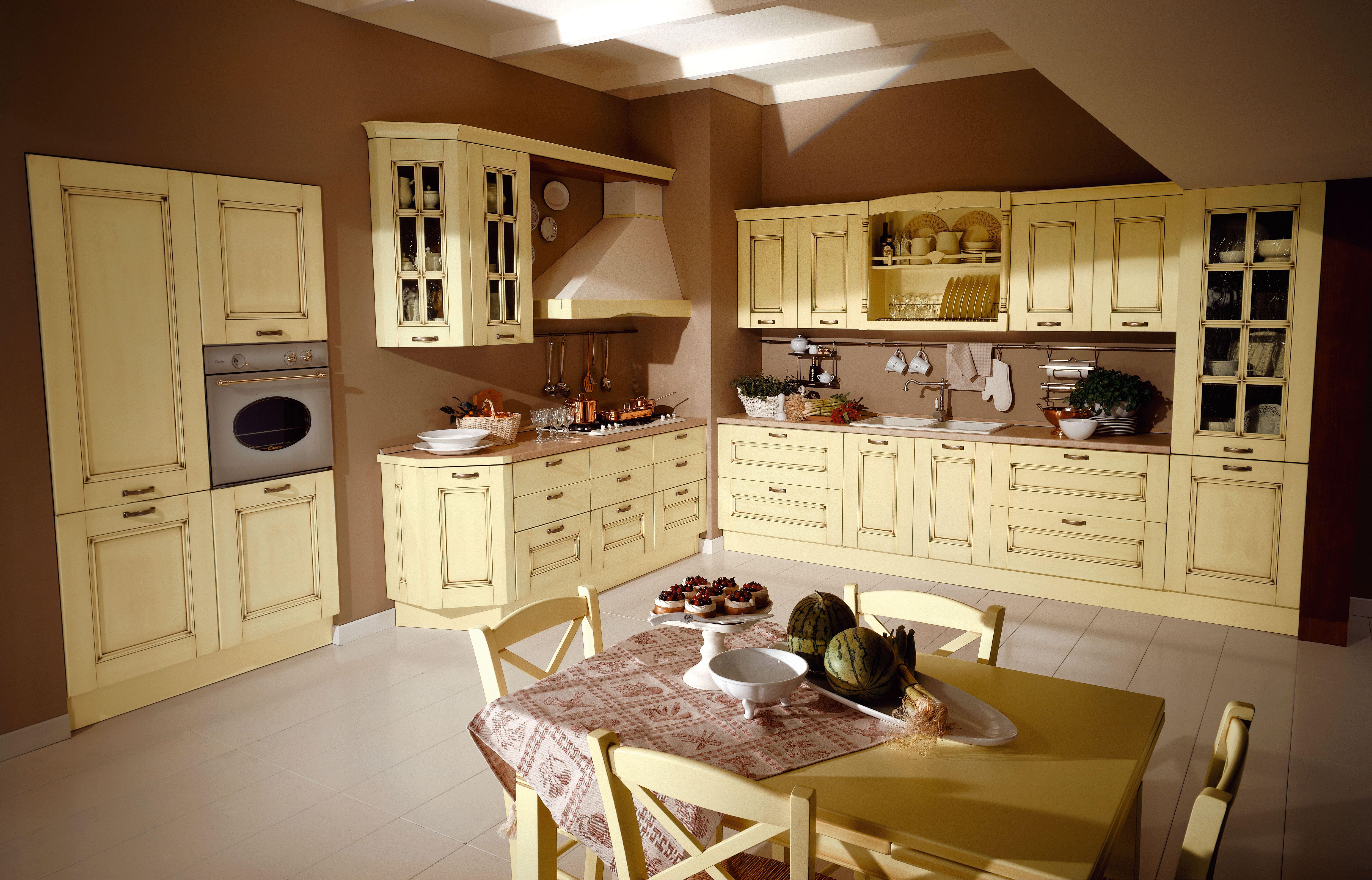 Cucina Ciliegio E Panna alila è una cucina professionale ed elegante, da scegliere