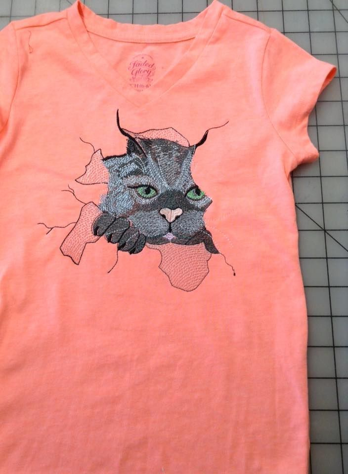 T Shirt With Cat Free Embrodiery Design Free Embroidery Designs