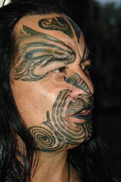 Maori Tribe New Zealand Body Tattoos: 112450-maori-face-painting-new-zealand.jpeg (399×600