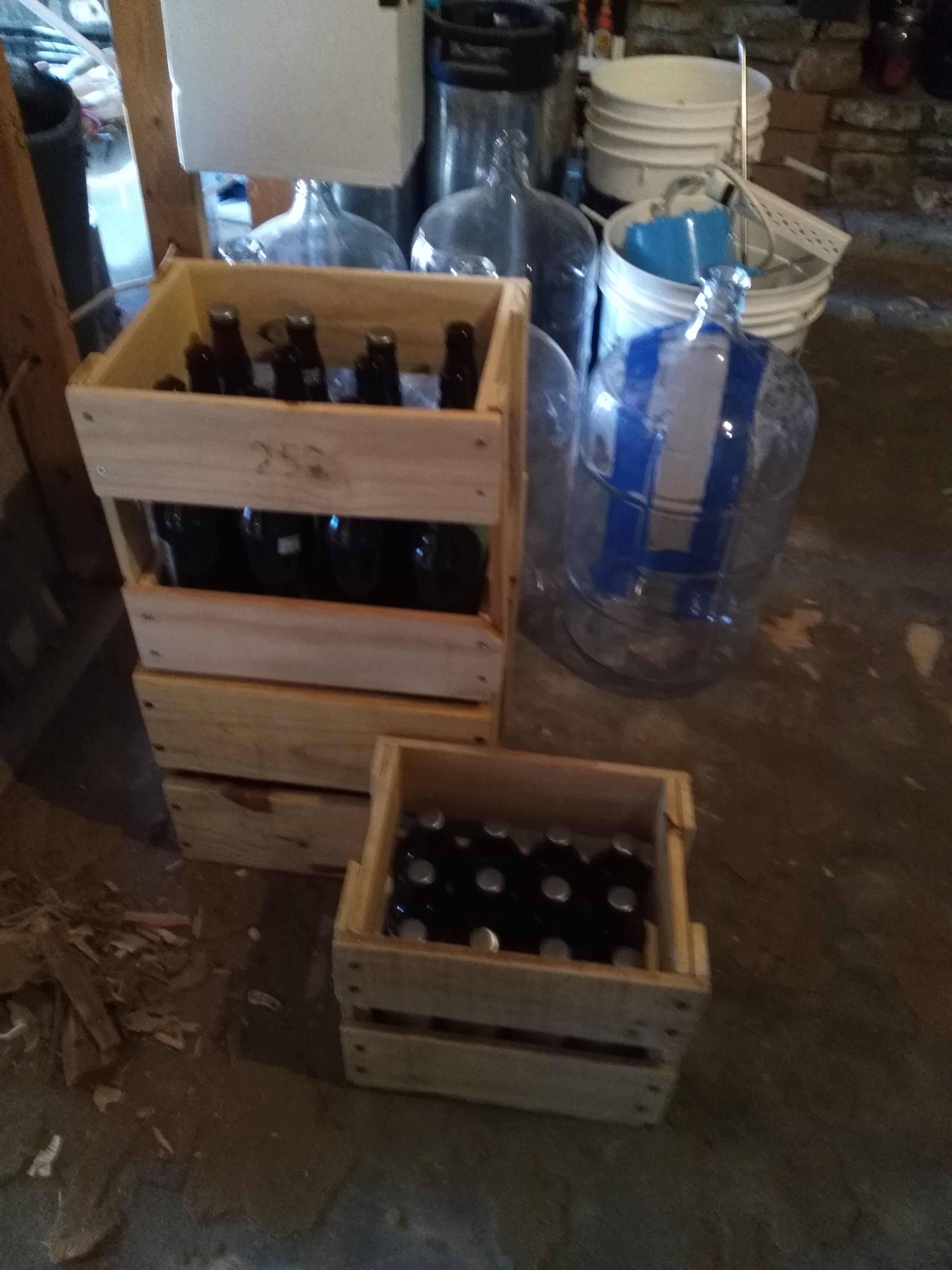 More beer crates from pickets. handmade crafts HowTo