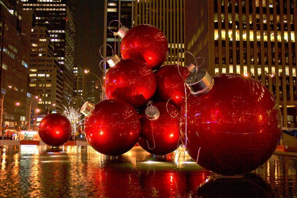 giant christmas ornaments in new york - Giant Christmas Balls