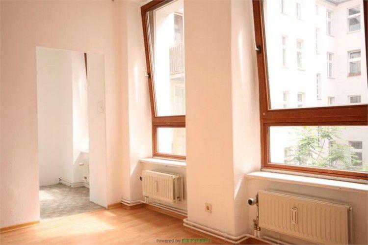 Schoene Single-Wohnung im Seitenflügel, zu vermieten