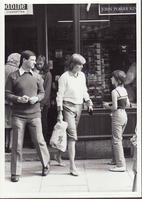 Princess Diana Rare Original Press Shopping in Tetbury - Highgrove
