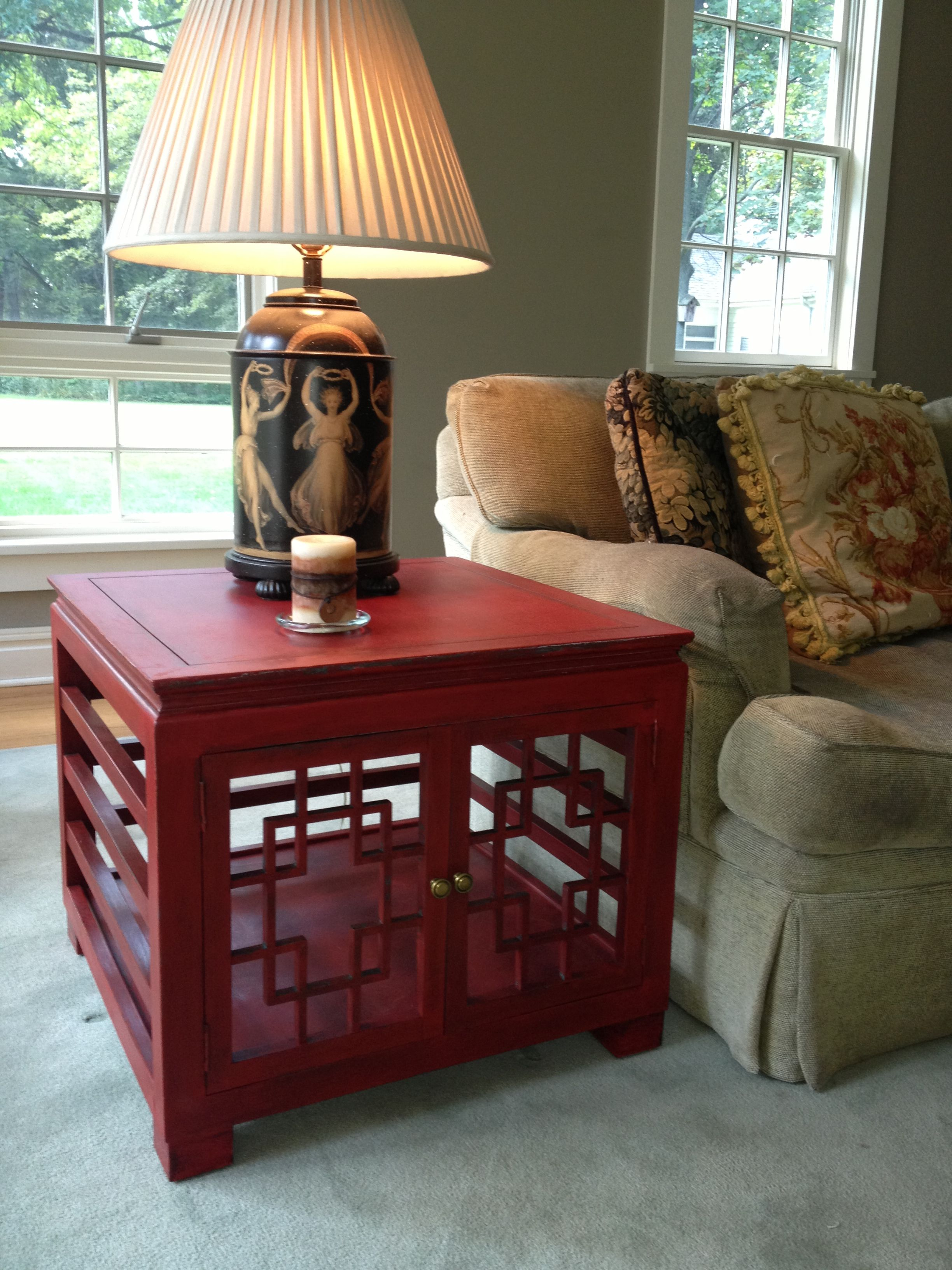 Asianstyle end table painted with Annie Sloan Chalk Paint