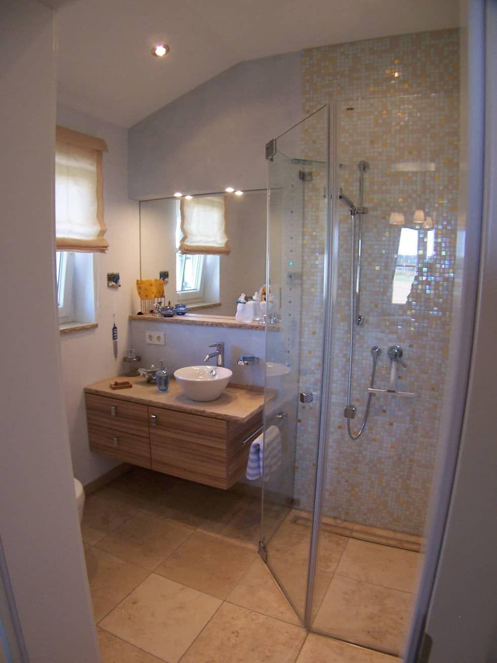 Bad Landhausstil 2 Badezimmer Im Landhausstil Von Pfriem Innenarchitektur Landhaus Homify Modernes Badezimmer Kleine Badezimmer Haus