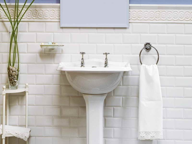 Bathroom All About Beveled Subway Tile With White Towel All About Beveled Subway Tile Subway Tile Lowes 3 X 6 Subway Tile White Subway Tiles Plus