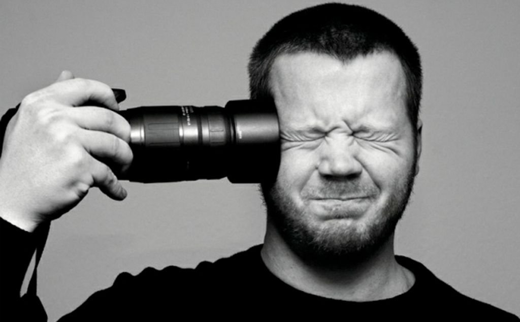 16 Easy Camera Hacks That Will Turn You Into An Expert In Photography Self Portrait