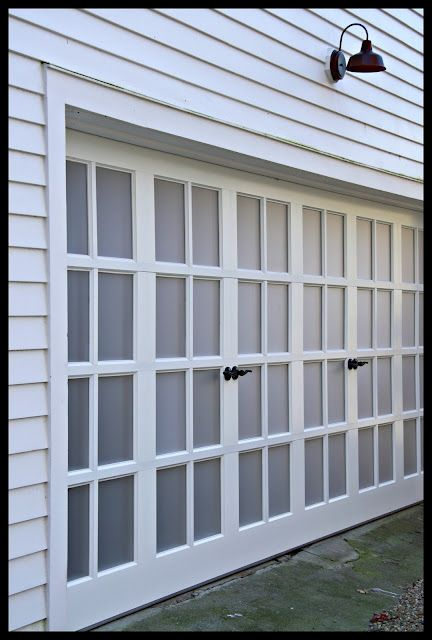 Yes..this is a working garage door!Sweet! Out with the boring & Yes..this is a working garage door!Sweet! Out with the boring old ... pezcame.com