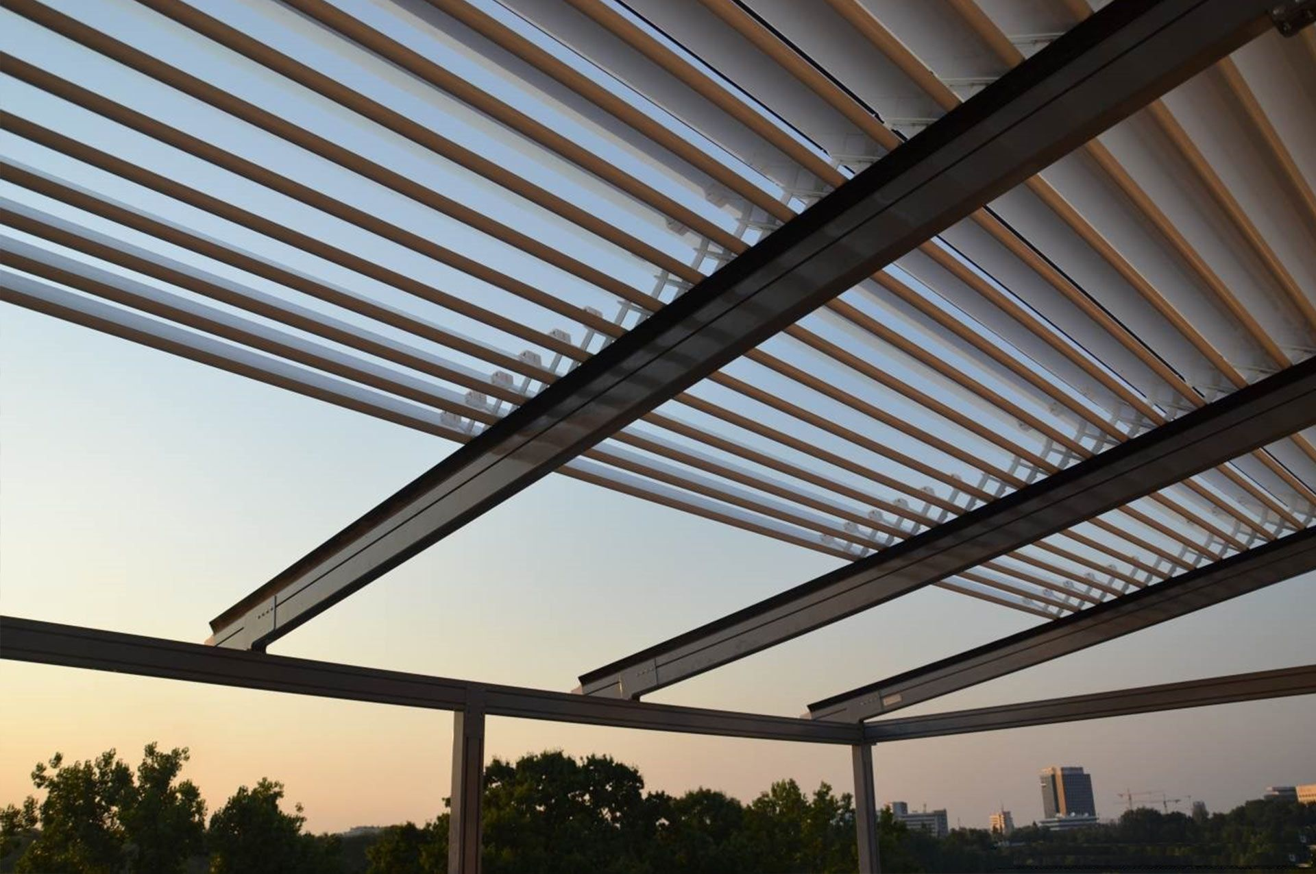 The Eurola Persa Is An Aluminium Louvered Roof System That Retracts Completely
