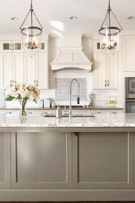 white kitchen beige/greige island