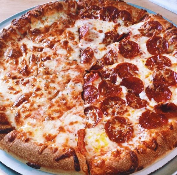 Tilton House Of Pizza Tilton New Hampshire Good Pizza Eat Pizza Pizza