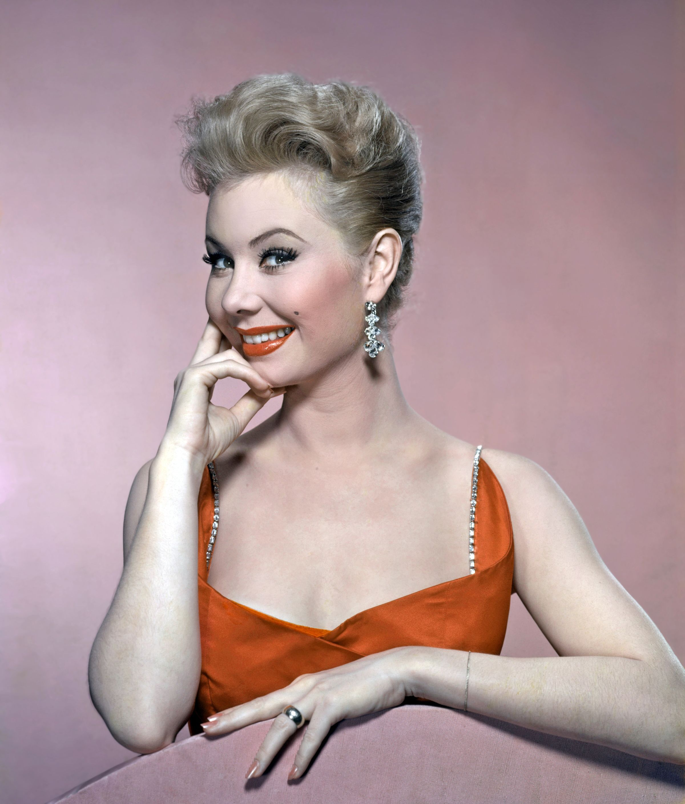 Watch Mitzi Gaynor video