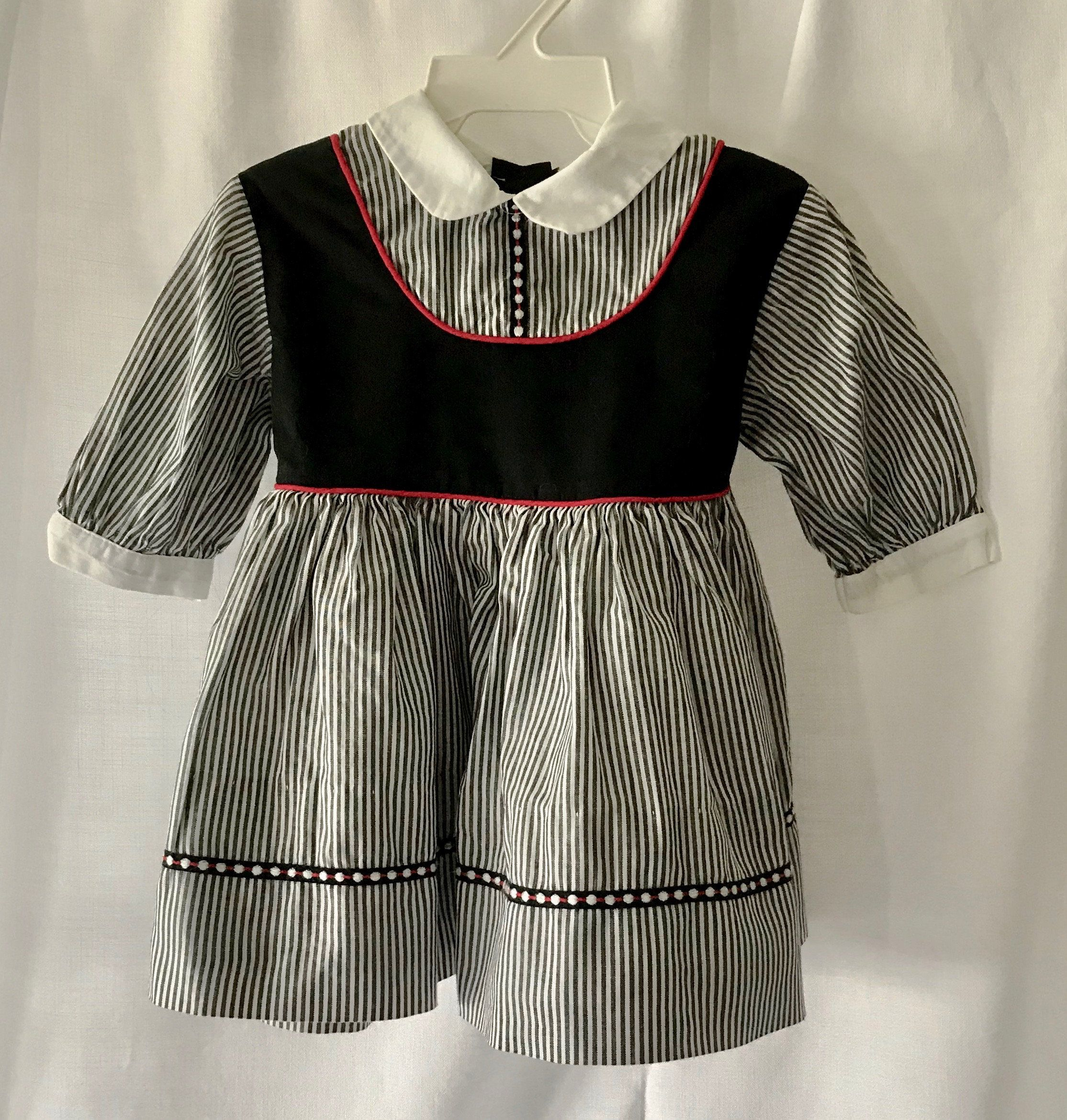 1960 S Vintage Toddler Girl Cotton Dress In Black And White Stripe With Crinoline Sz 2t Or 3t By Kate Gree Girls Cotton Dresses Pretty Blouses Cotton Dresses [ 2340 x 2229 Pixel ]