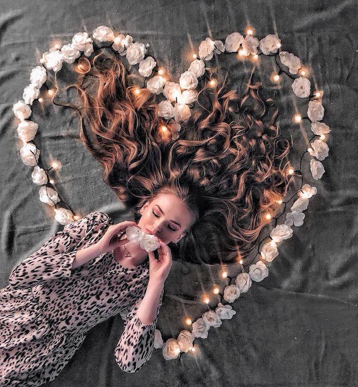 Woman Shows Off Her Gorgeous Long Hair in Artistically Arranged Photos – #arrang…