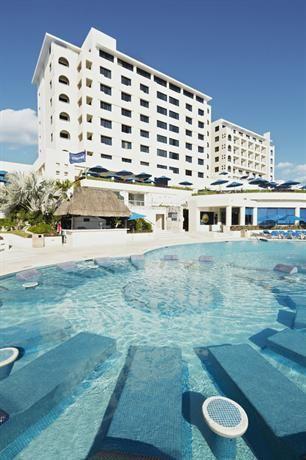 World Hotel Finder Barcelo Tucancun Beach Cancun