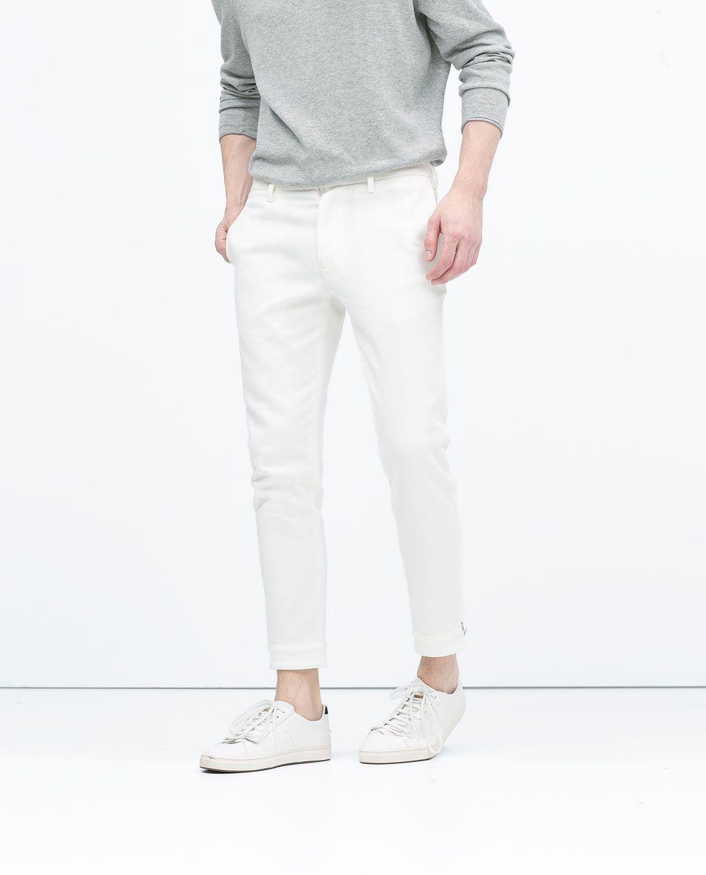 Pin De Patsaratporn Thongman En Outfits Pantalon Blanco Hombres Estilos De Moda Masculina Moda Hombre
