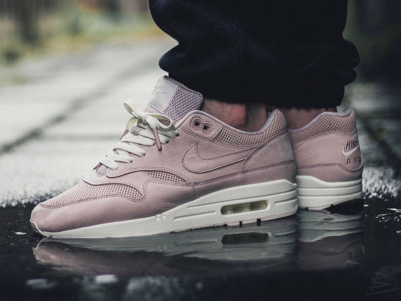new product 3884b 94bd0 Nike wmns Air Max 1 Pinnacle - Silt Red - 2017 (by maikelboeve) Sole Trees  makes shoe trees designed solely for the makeup of tennis shoes  Shoetrees  ...