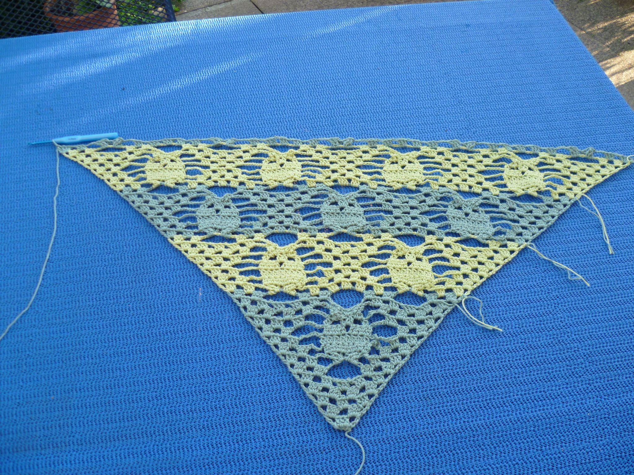 Eulen-Tuch Nr. 2 in Arbeit | Crochet | Pinterest | Tücher, Eule und ...