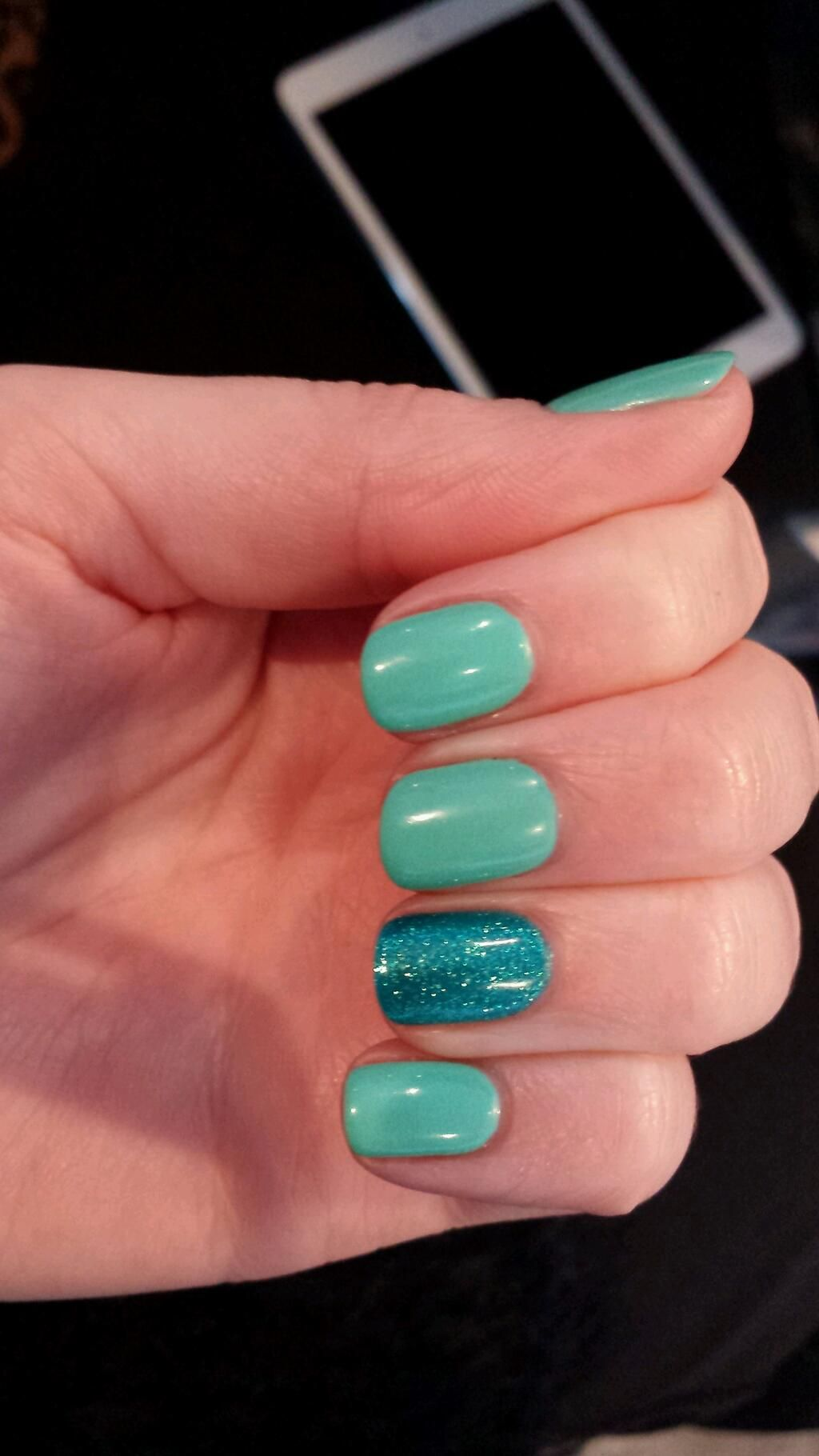 Jessica GELeration Mint Julep with Pacific Paradise. Created by Rare Hair & Beauty.