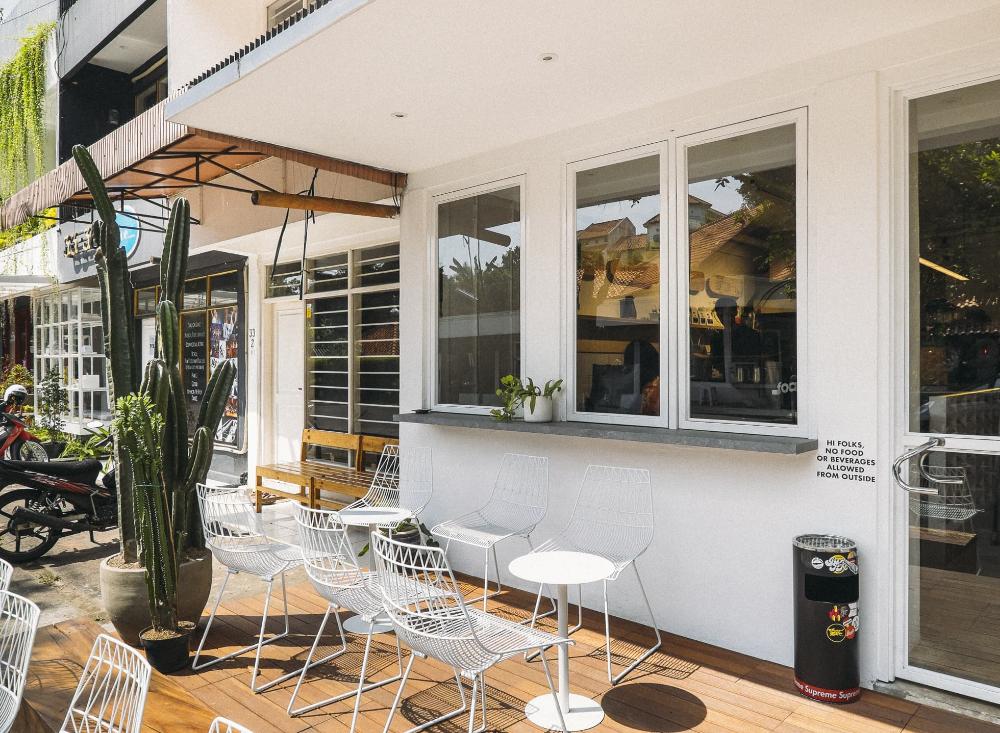 Pin by Astrid Prasta on Cafe shop design in 2020 Cafe