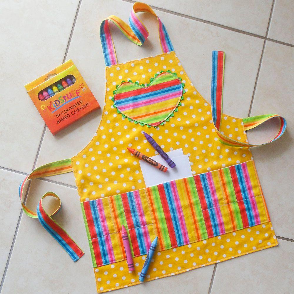 Kids apron yellow childs crayon pocket apron kids craft for Agarraderas para ninos