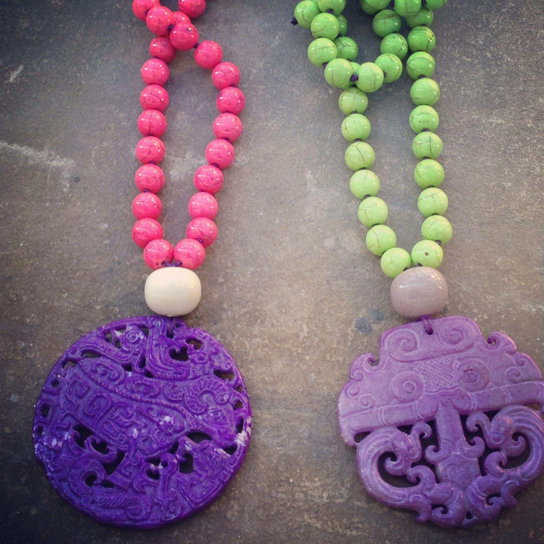 No me puede gustar más esta combinación de colores para este verano www.loscollaresdeiciar.com