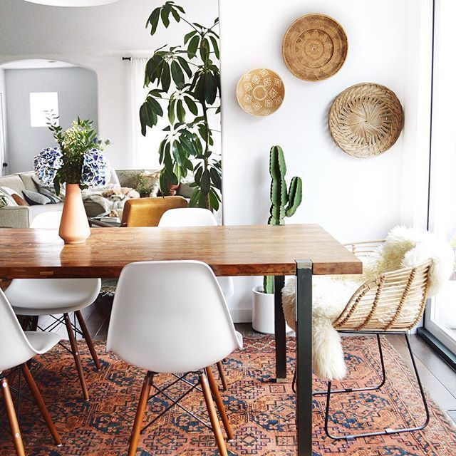 isn t it crazy how a rug can totally transform a room this princess of a rug meghan is