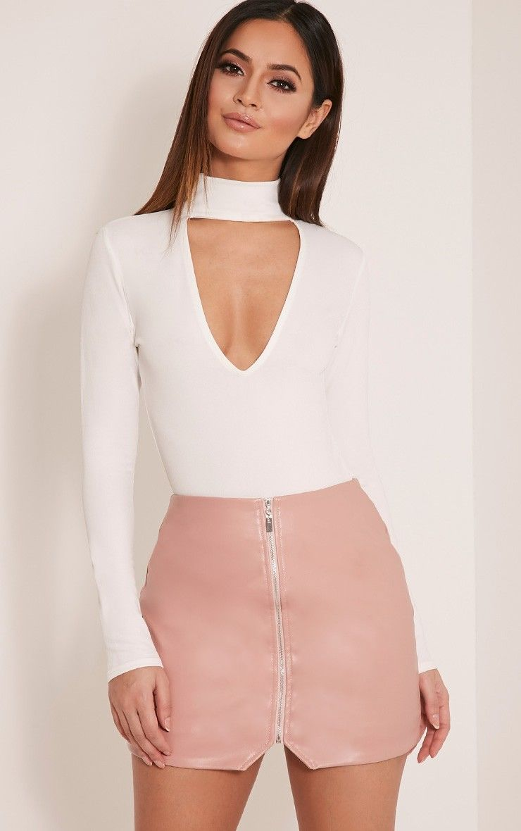 2ff8654029 Suzy Blush Faux Leather Zip Front Mini Skirt | PRETTYLITTLETHING in ...