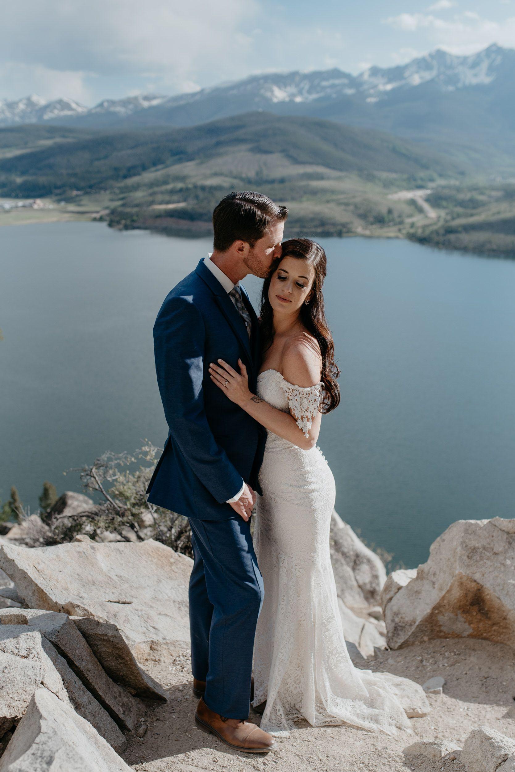 Colorado destination mountain elopement. Colorado wedding