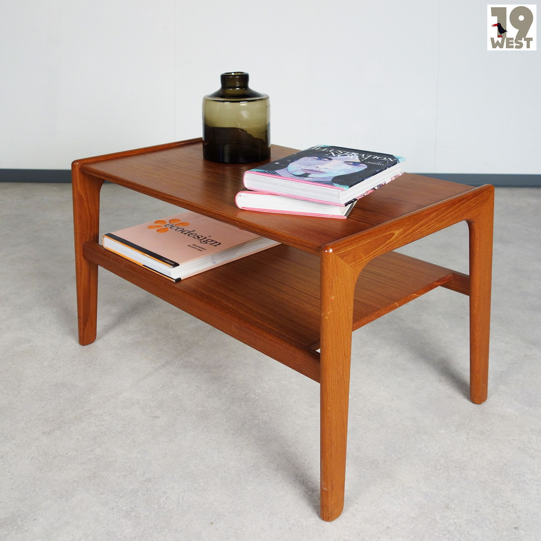 Sold To Boston A Teak Coffee Table Attributed To Arne Wahl Iversen 19west Vinatge Design Danishdesign Sixties Coffeetable Teak