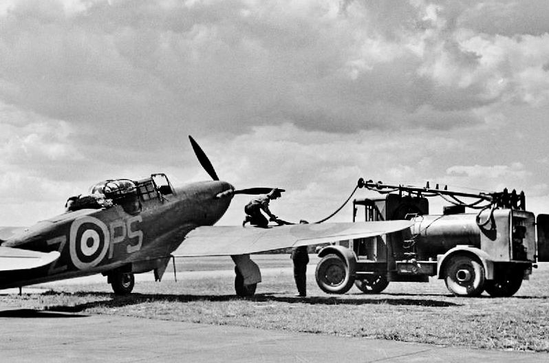Boulton paul defiant with images wwii aircraft