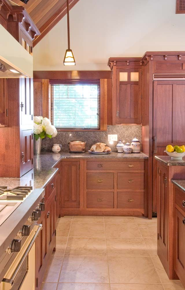 Arts & Crafts Gallery - Crown Point Cabinetry. I don\'t care much for ...
