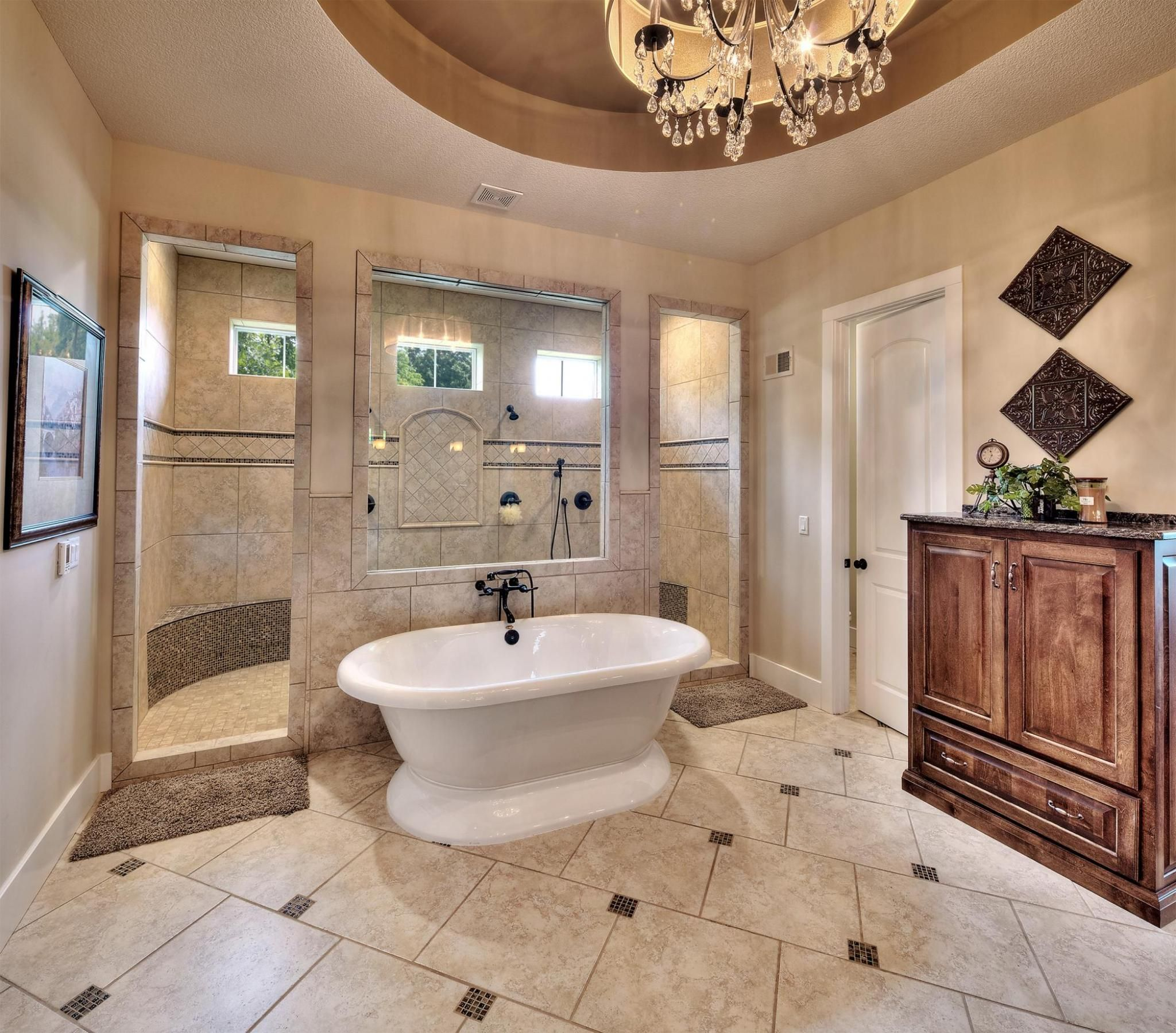 Pin By Genn Ruy On Millionaire Small Bathroom Makeover Modern Master Bathroom Remodel Bathroom Remodel Master [ jpg ]
