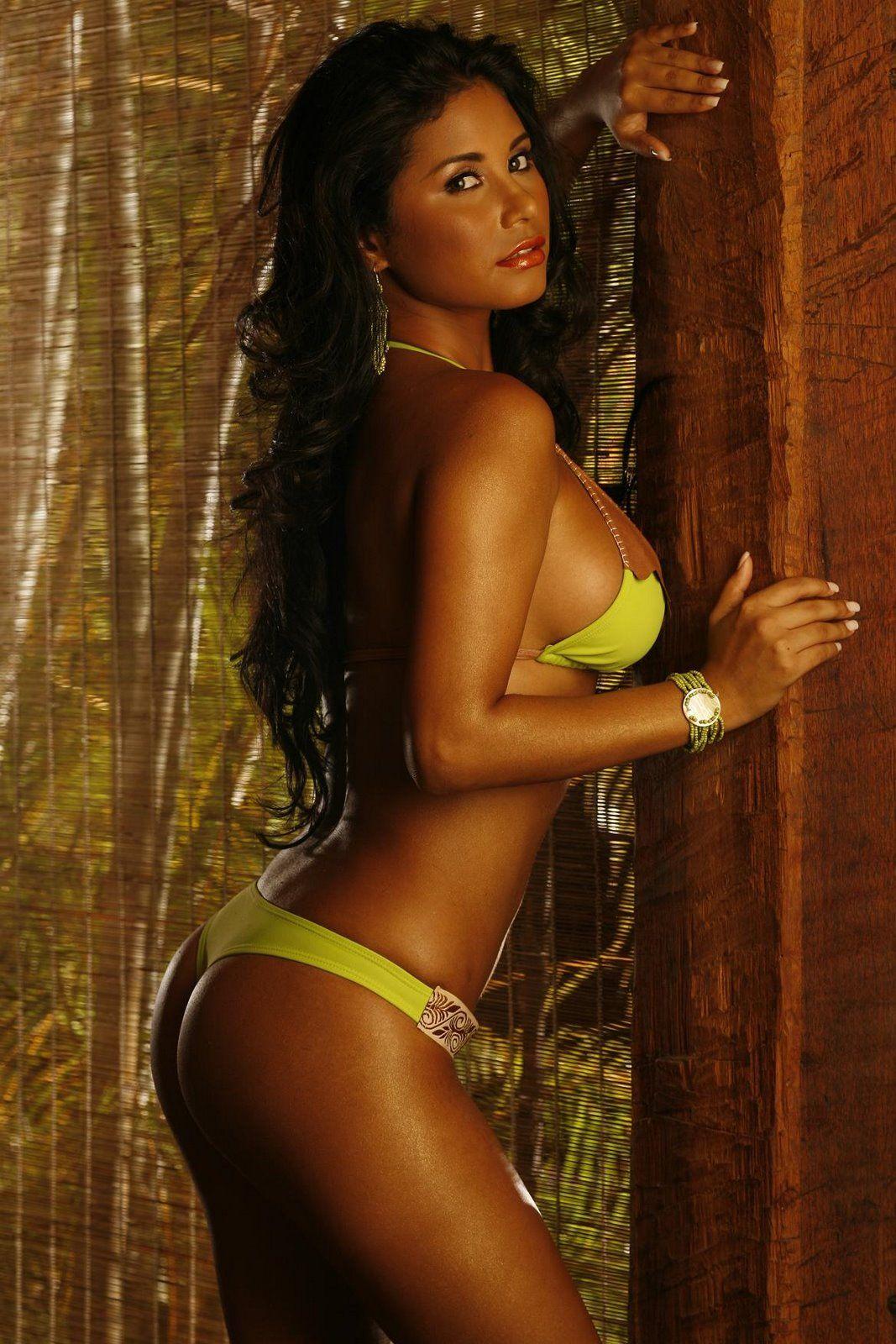 Irene Delgado Nude Photos 32