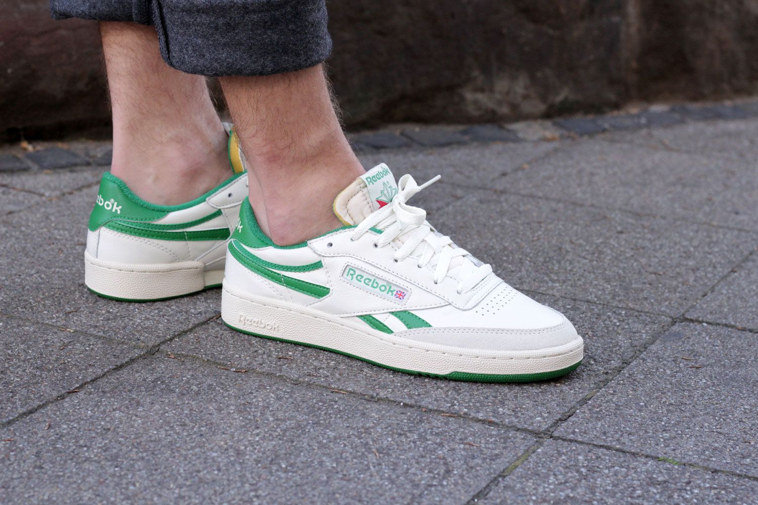 reebok revenge pack green classic tennis shoe