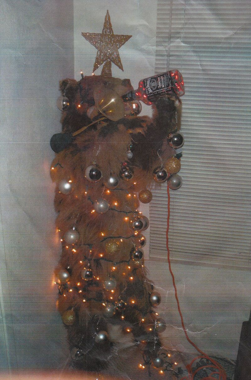The Most White Trash Christmas Trees In Existence   Christmas Season ...