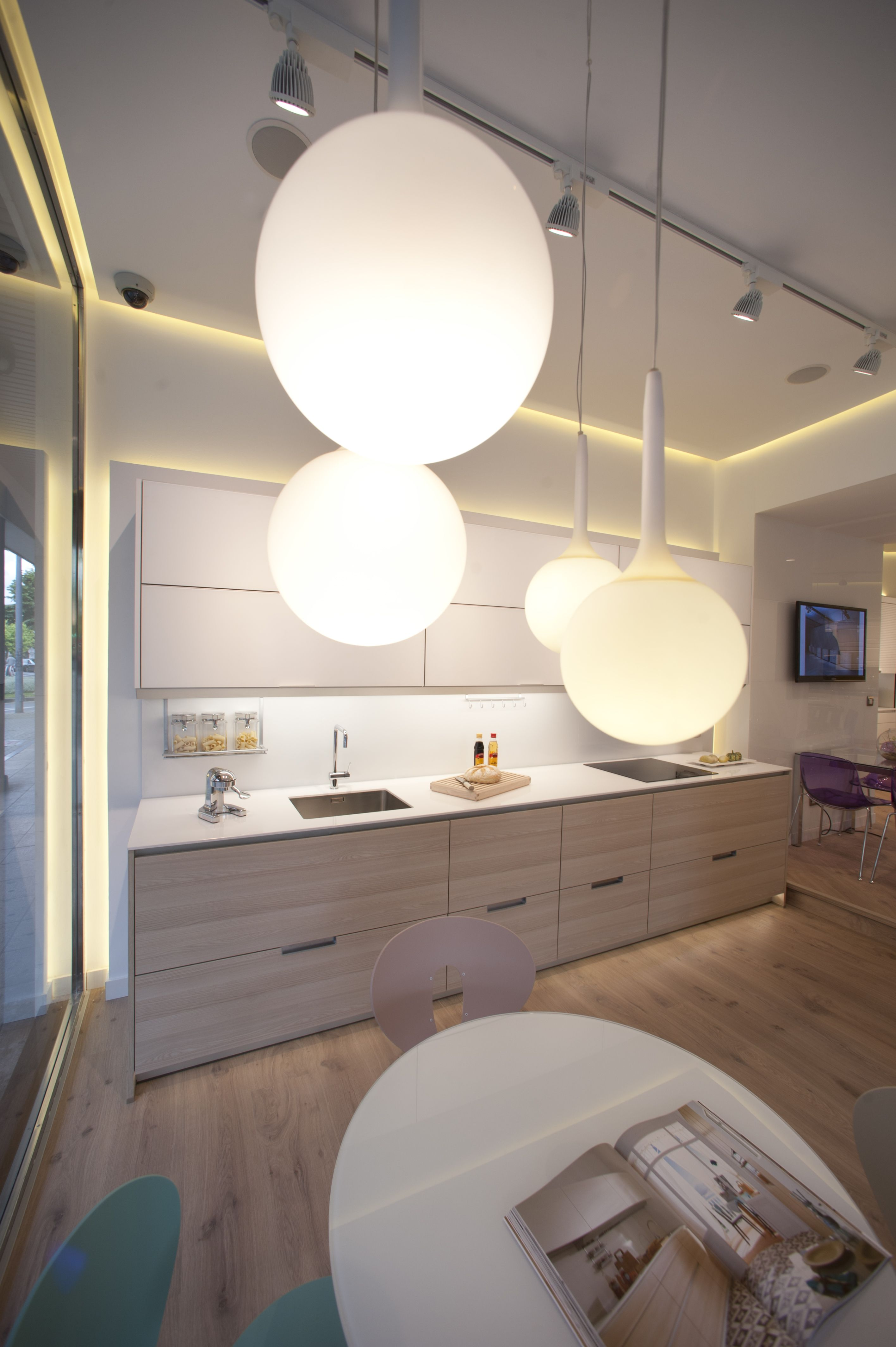 Santos Kitchen Santos Estudio Barakaldo Kitchen Showrooms  # Muebles Cocinas Soinco