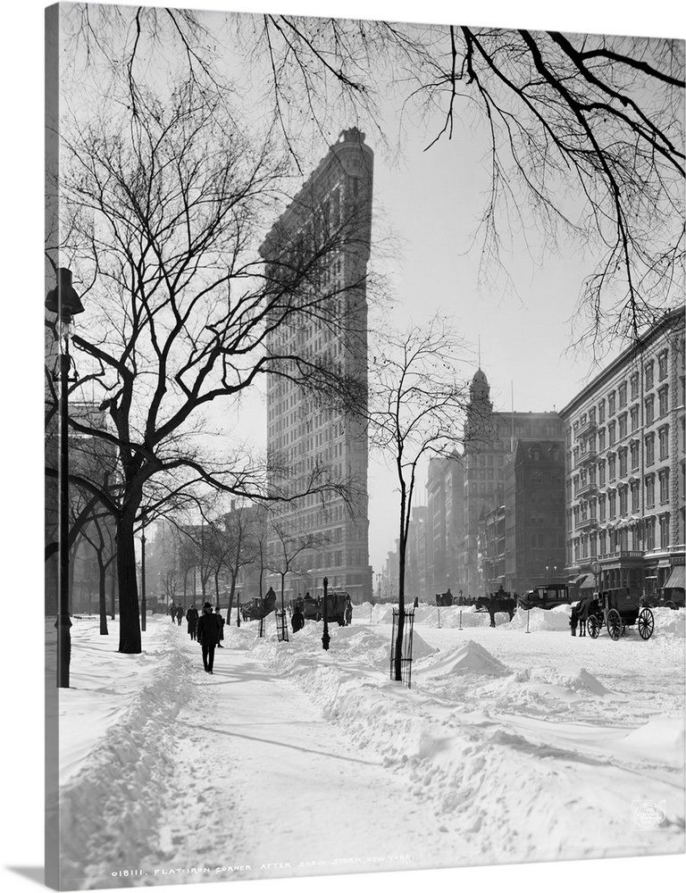 """New York City/"""" Poster Print /""""Vintage photograph of Flatiron Building in Snow"""