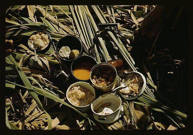 Puerto Rico, circa 1900 - This would have been lunch for those working in the farm brought to the workers by their wives or children.