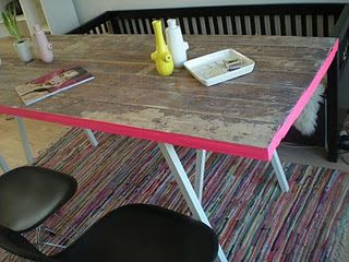 Love this table - Neon pink detalje