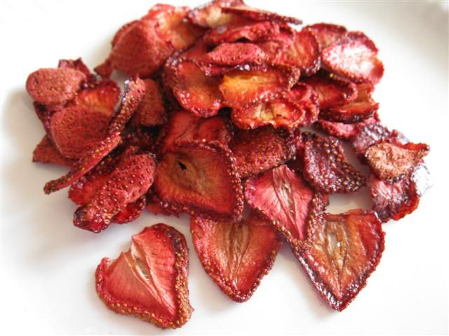 How To Dehydrate Strawberries In An Oven Dehydrated Strawberries Food Dehydrated Food