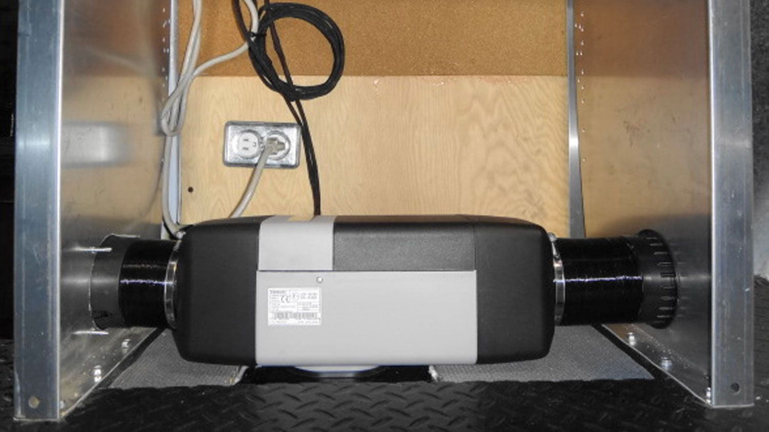 Ram Promaster Rear Cargo Hvac Systems For Heating Cooling Hvac System Hvac Installing Insulation