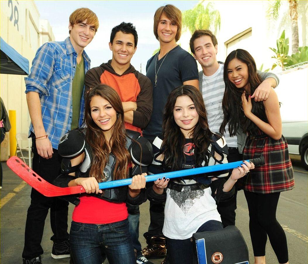 Girls Of Nick Welcome Cast Of Big Time Rush Big Time Rush Miranda Cosgrove Big Time