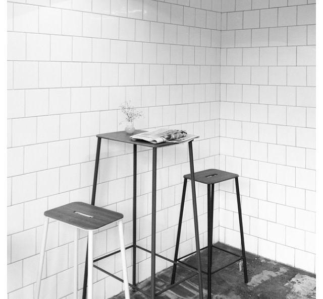 White square offset tiles - peri bath | come to my kitchen ...