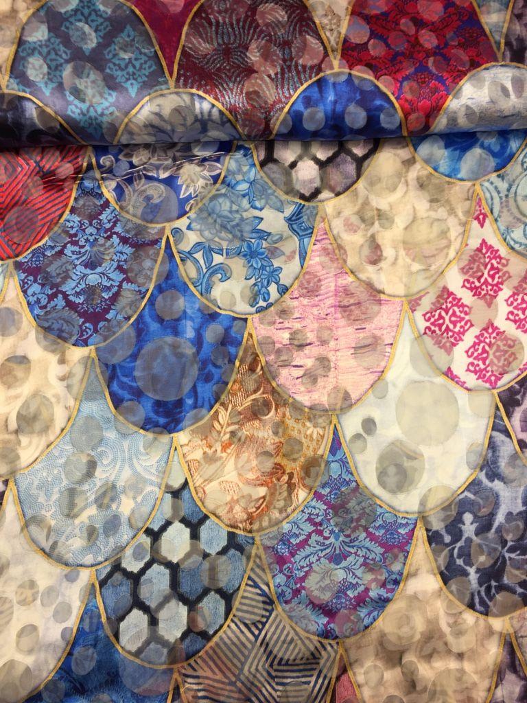 ce5a7d95 Modesilke med mønstre og lilla nuancer - pr. 0,25 meter ...