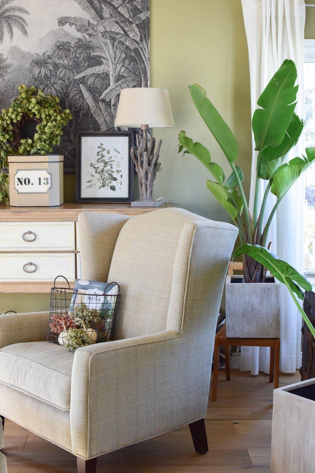 Urban Jungle: Deko Fürs Wohnzimmer Im Herbst Im Botanical Style. Opulent,  Gemütlich Und