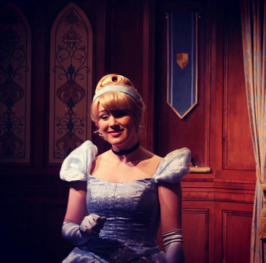Hello Cinderella 🙌🙌🙌🙌 nakanaridisneyadventures