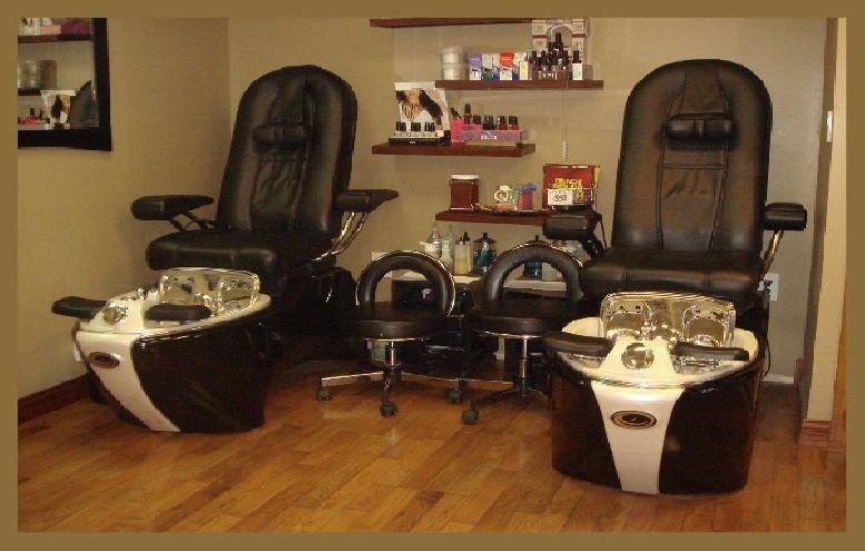Pedicure Station Could Put The Pedi Bar Inbetween Chairs Beauty Salon Decor Salon Decor Pedicure Station
