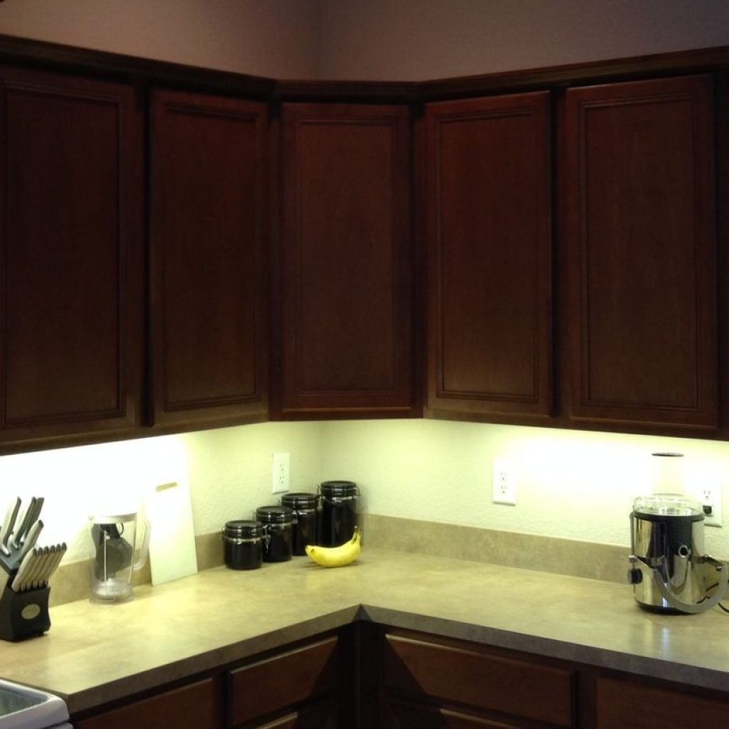 Battery Operated Under Cabinet Lighting Warm White