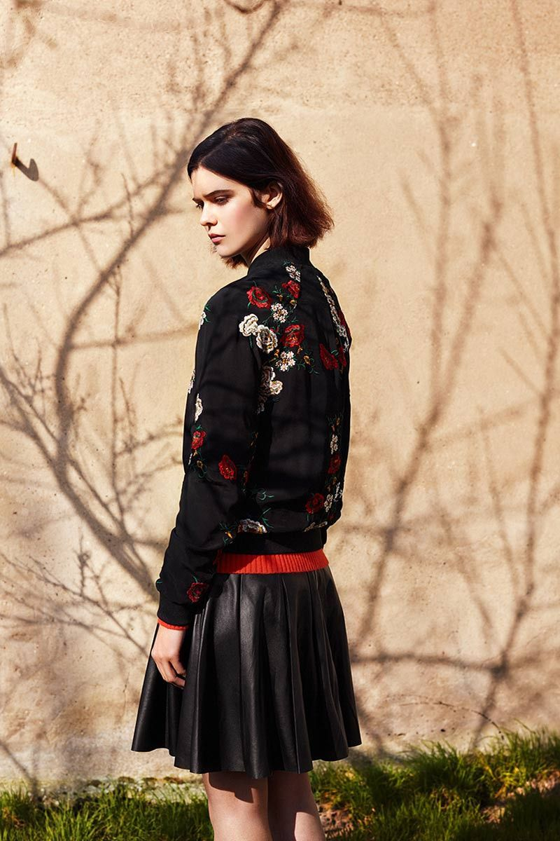 Fashion week Fall poete winter campaign for lady